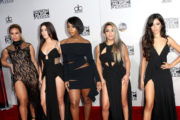 2016 American Music Awards: Fifth Harmony Smolder Up a Storm