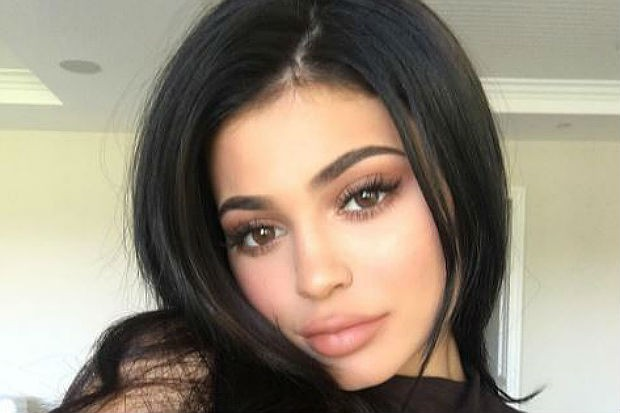Kylie-Jenner-Thanksgiving-Instagram