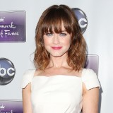 'Gilmore Girls' Casting Director Reveals Which Co-Star Alexis Bledel Secretly Dated