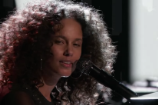 Alicia Keys Delivers Politically-Charged Performance of 'Holy War' on 'The Voice'