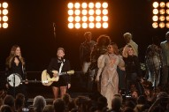 Beyoncé's CMA Awards Performance with the Dixie Chicks Blew Her Critics Away