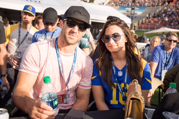 Demi Lovato Luke Rockhold la rams game