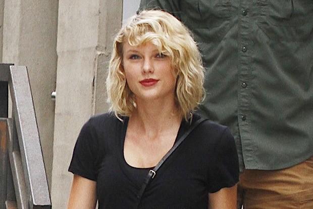 Taylor Swift Wears All Black In NYC