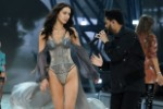 Exes Bella Hadid and The Weeknd Gaze Lovingly at Each Other on the 2016 Victoria's Secret Fashion Show Runway