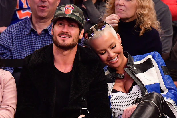 Amber Rose Val Chmerkovskiy basketball game kiss cam