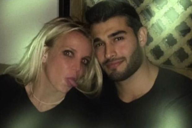 Britney Spears Cuddles Up with Rumored Boyfriend Sam Asghari