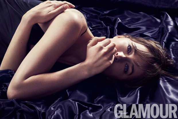 dakota johnson bed glamour