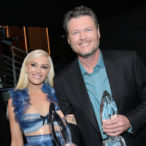 2017 People's Choice Awards: Blake Shelton Calls Gwen Stefani the 'Hottest Date' Ever