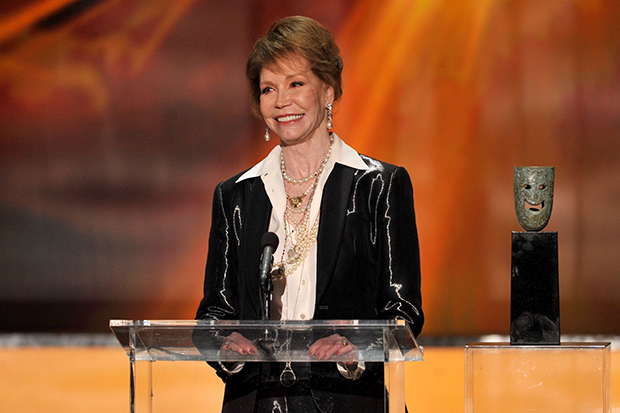 Mary Tyler Moore accepts the Life Achievement Award onstage during the 18th Annual Screen Actors Guild Awards