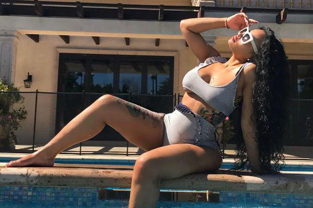blac chyna bikini pool