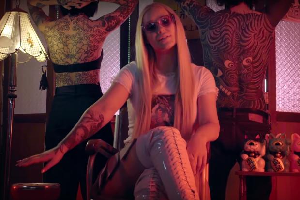 Iggy Azalea asian chinese mo bounce music video