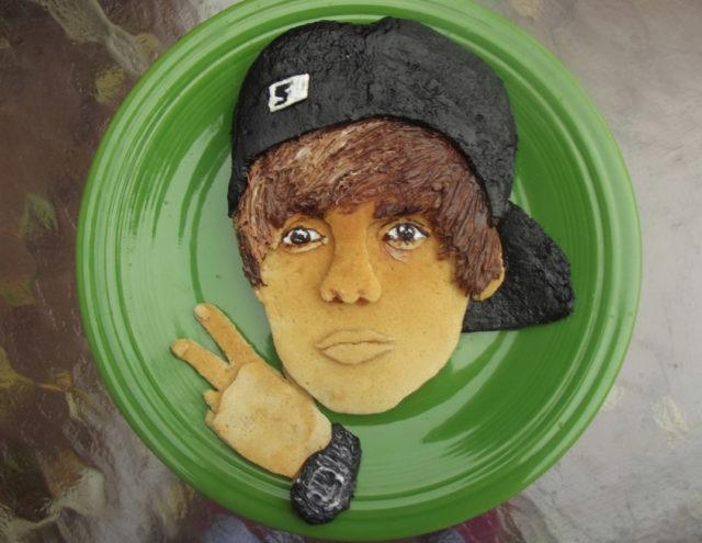 justin-bieber-national-pancake-day-3717