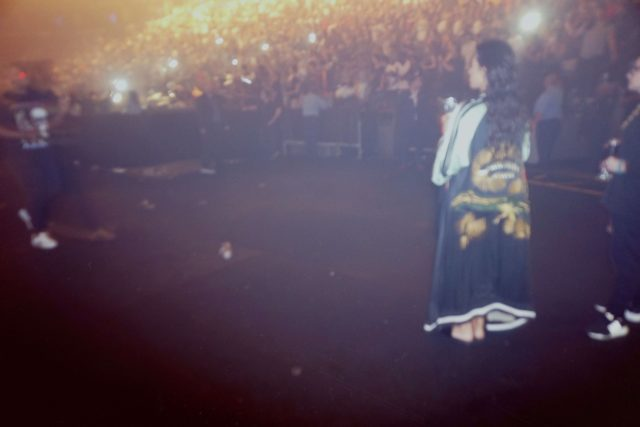 kim-kardashian-concert-kanye-west-show-2