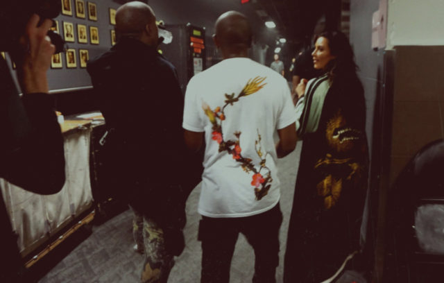 kim-kardashian-concert-kanye-west-show-3