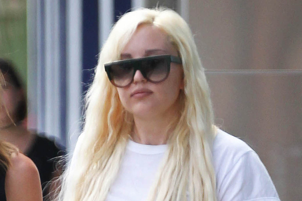 Amanda Bynes Goes Shopping In West Hollywood