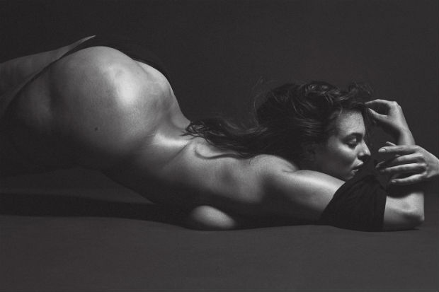 ashley graham nude naked boobs sideboob nipple butt nsfw