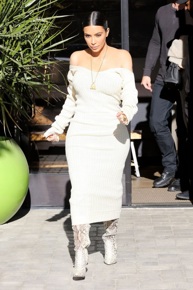 *EXCLUSIVE* Kim Kardashian rocks a sexy off the shoulders look