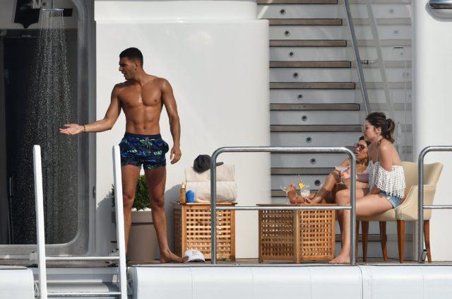 Kourtney Kardashian and her new boyfriend Younes Bendjima make one HOT couple!