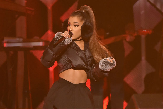 ariana grande stage perform concert show