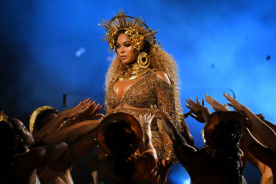 Beyonce grammy performance pregnant