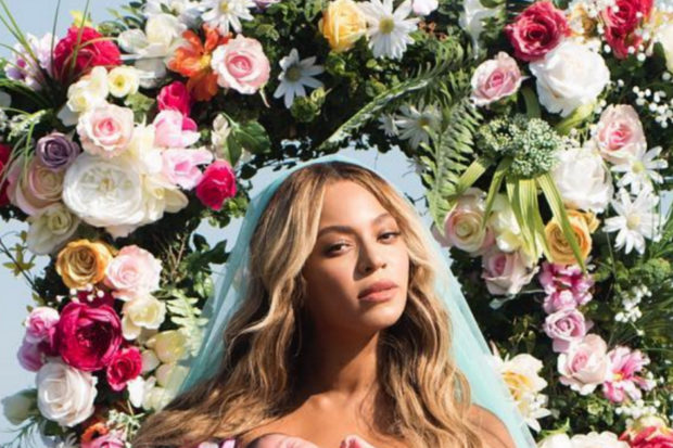 Beyoncé Debuts First Photo of Twins Sir and Rumi Carter