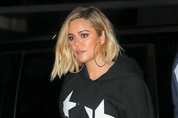 khloe kardashian pregnant good america star and stripes hoodie