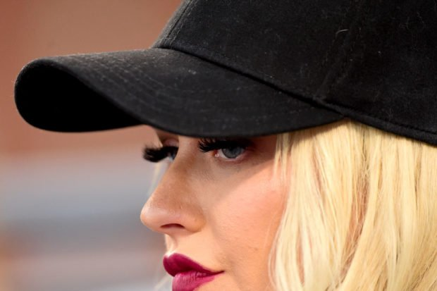 Nearly Unrecognizable! Plastic Surgeons Weigh In on Christina Aguilera's Shocking Transformation