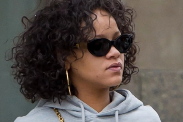 Who's That Chick? Rihanna Overhauls Her Wardrobe After Shocking Weight Gain