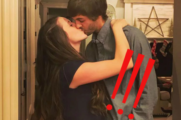 Baby Bump Alert! Fans Are Totally Convinced This Duggar Sister Is Pregnant