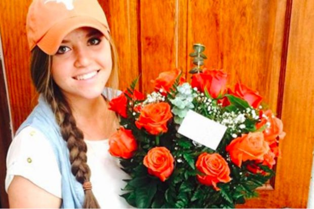 Pregnant Before Marriage? Duggar Sister Tries to Hide Her Baby Bump in New Photo