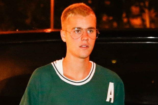 Justin Bieber hockey jersey
