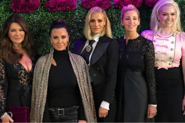 New Makeover! 'RHOBH' Star Unveils Dramatic Transformation