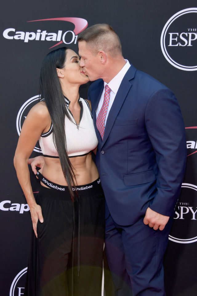john cena nikki bella kiss