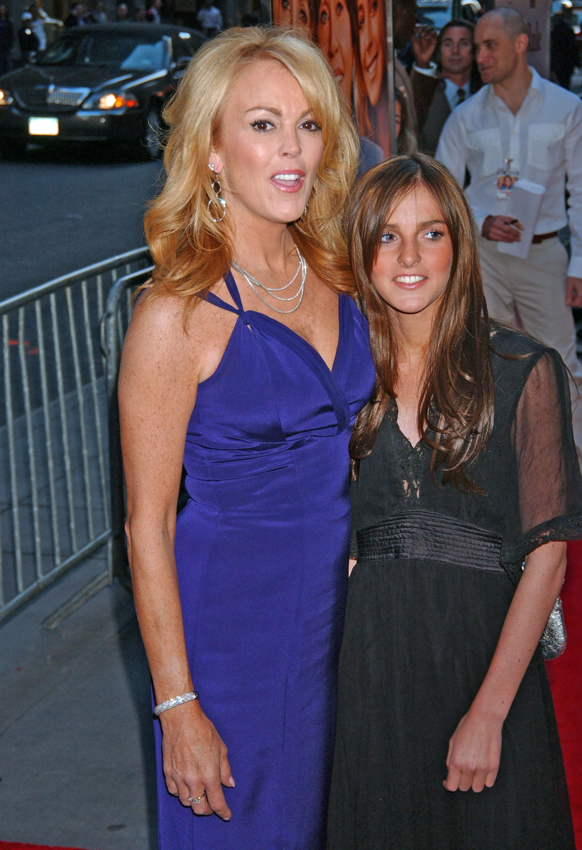 Dina Lohan Gets Kudos for, Well, Nothing