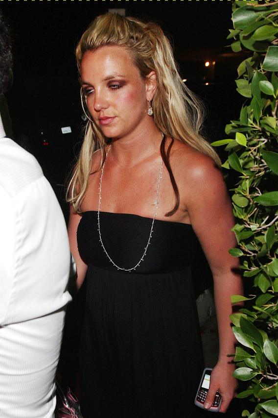 Britney Spears Returns to Los Angeles