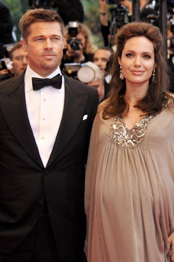 Angelina and Brad Deliver Twin Girls!