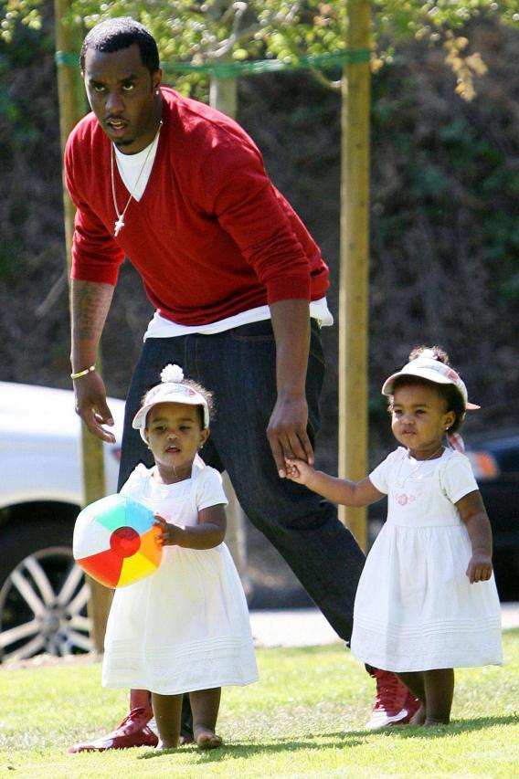 Daddy Diddy Dishes Up the Awwwww…