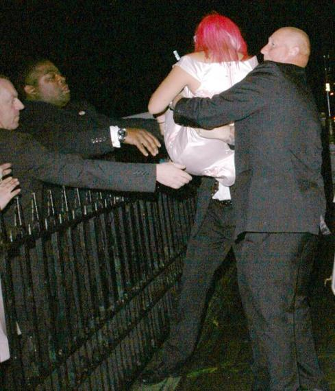 Lily Allen Is an Object Lesson on the Dangers of Drink