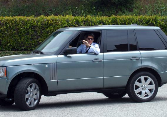 John Mayer Range Roves in Jen Aniston's Car-photo