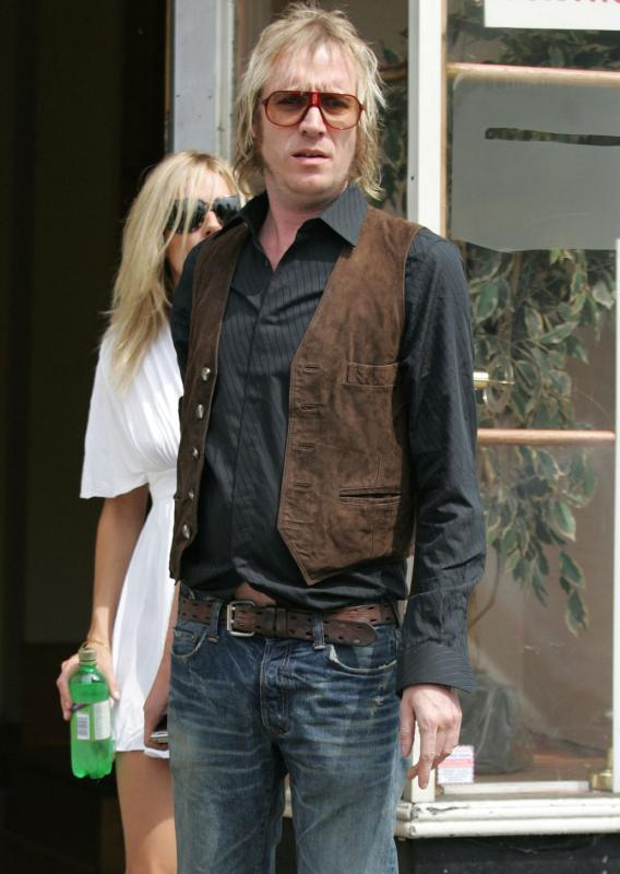 Rhys Ifans Loses Sienna, Gains Tough-Guy 'Tude