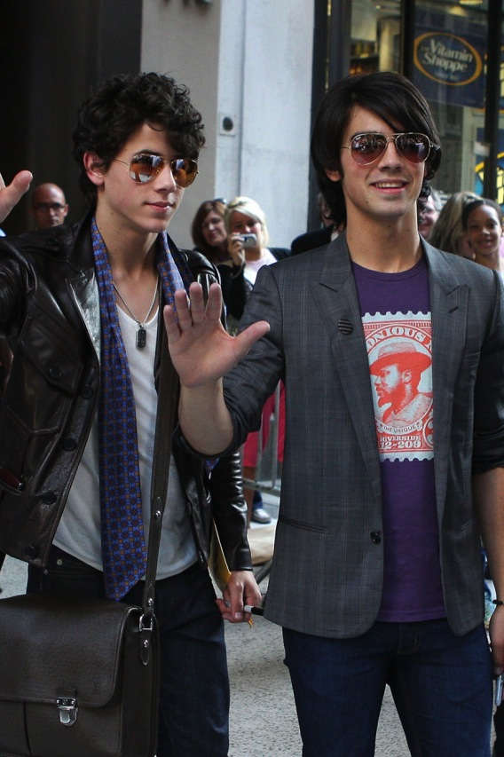 The Jonas Brothers Offer Chaste Advice