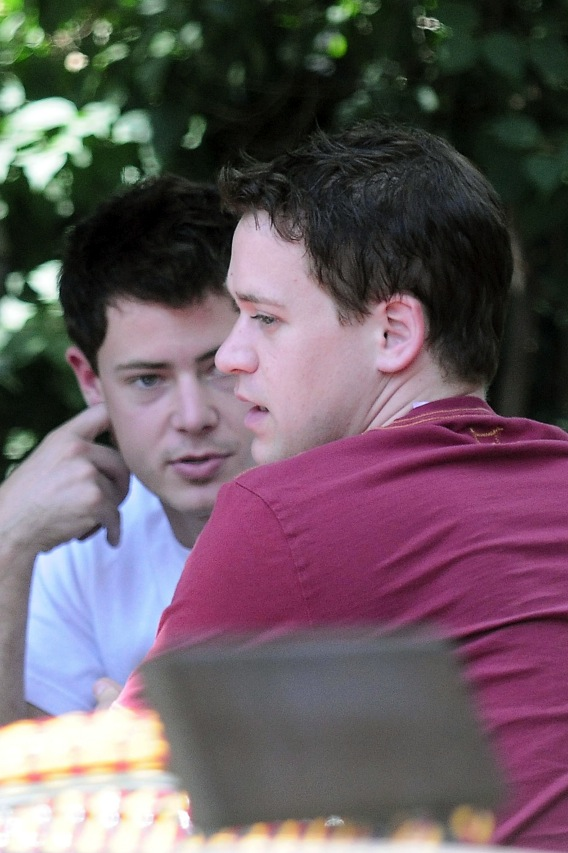 T.R. Knight and His Man: Talking Marriage or Muffins?