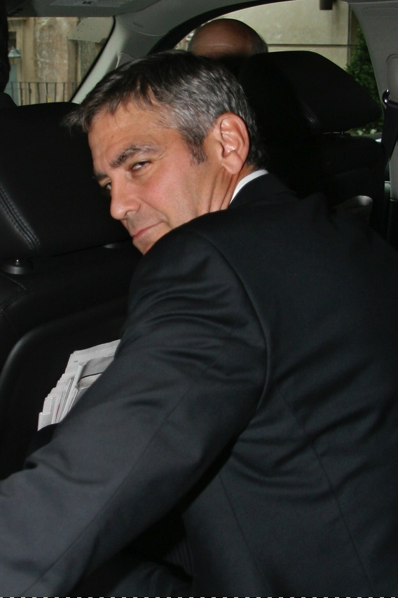 Hey, WGA, George Clooney's Mad as Hell, and He's Not Gonna Take It Anymore