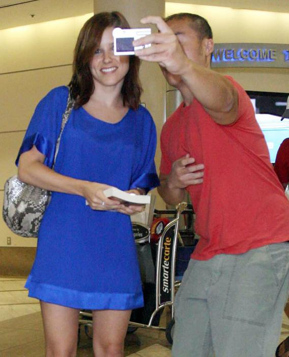 Sophia Bush Grateful for Fan's Camera Assault