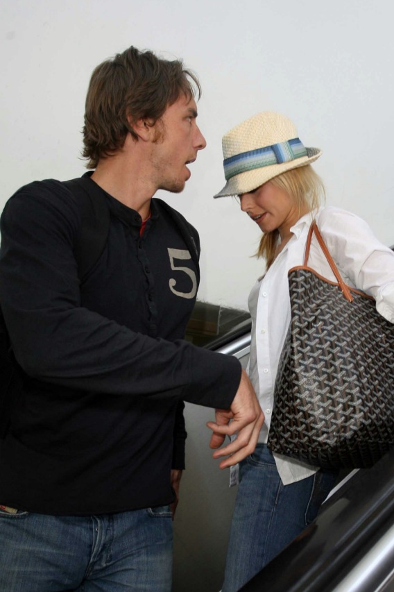 Dax Shepard's Airport Meltdown with Kristen Bell