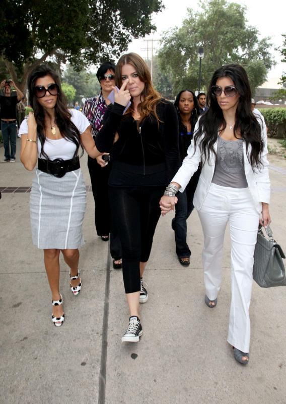 Khloe Kardashian Kar-dashes to the Slammer