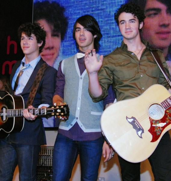 The Jonas Brothers Will Rock The VMAs