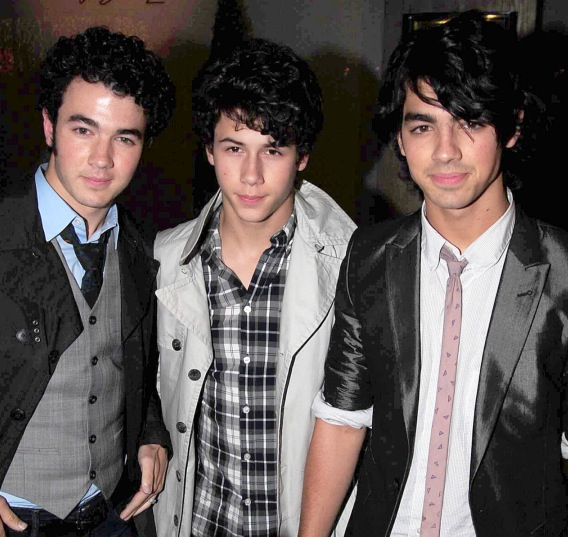 Jonas Brothers: From Timbaland To Texas