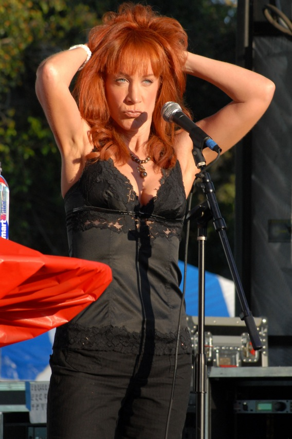 Kathy Griffin Wants Plastic Surgery Refund