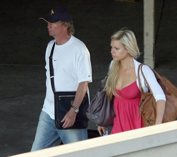 Nigel Lythgoe Thinks He Can Dance With Sophie Monk-photo